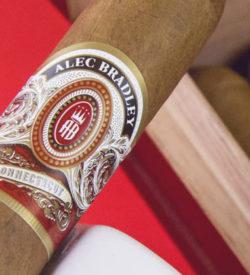 Alec Bradley Connecticut Toro Tubos