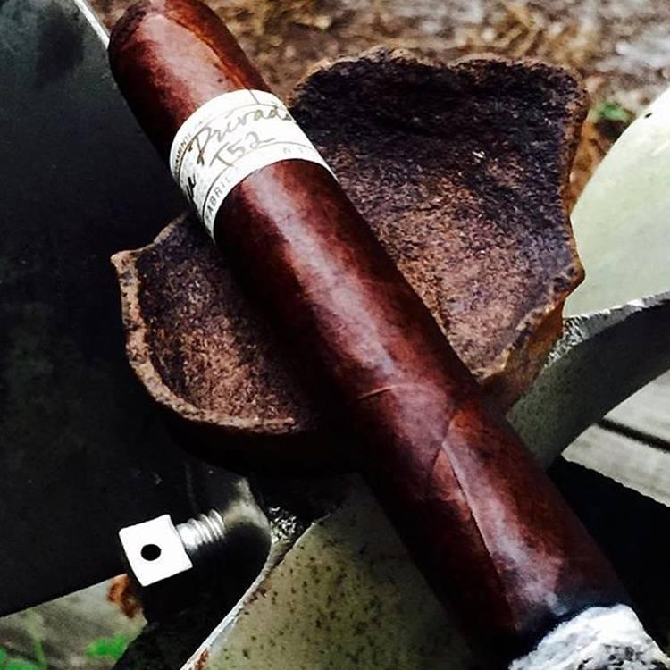 Liga Privada T52 Cigars