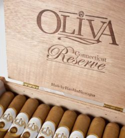 Oliva Connecticut Reserve Double Toro