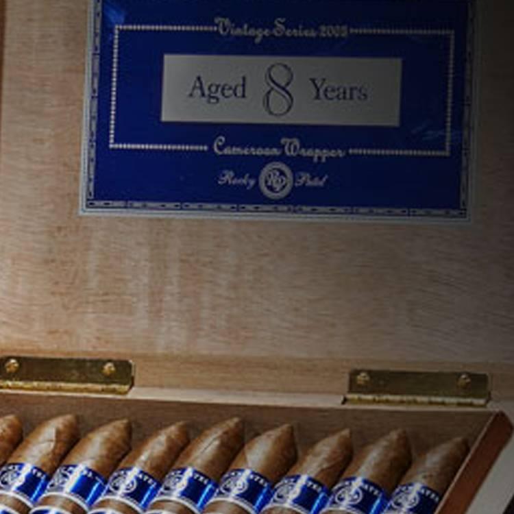 Rocky Patel Vintage 2003 Cigars